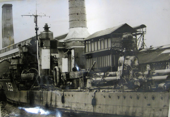 HMS Venetia, shell damage