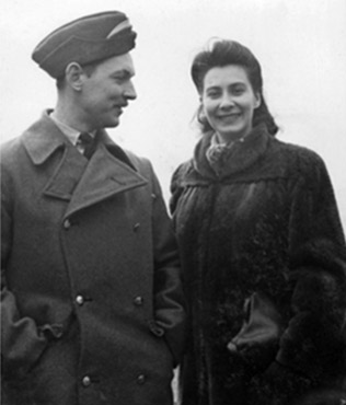 Lis Drew's parents, London 1944