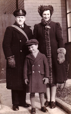 Norma Brown and family 1940