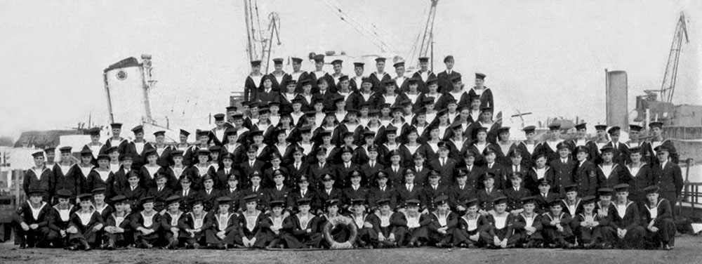 The ship's company of HMS Byad