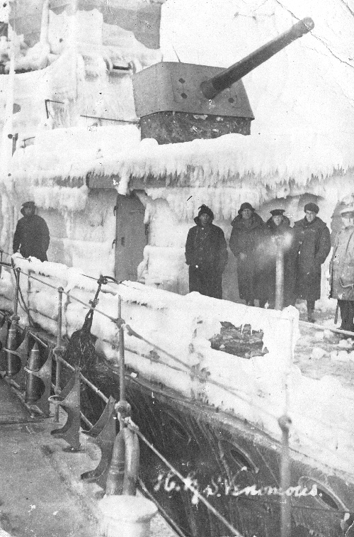 HMS Venomous iced up in the Baltic, 1919